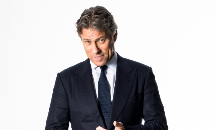 John Bishop: Right Here Right Now